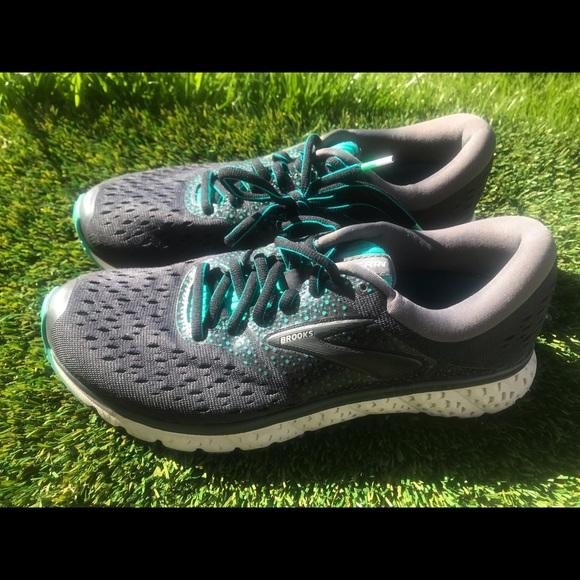 99399c7ac9635 Brooks Shoes - Women s Brooks Glycerin 16 Running shoes sz 9